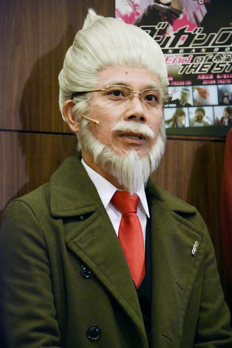 天願和夫役の竹若元博(バッファロー吾郎)。