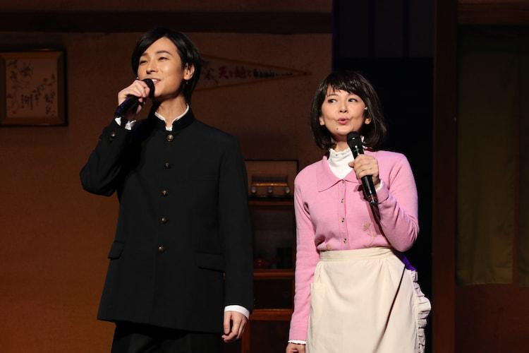 「山内惠介 東京・明治座 初座長公演」衣装付き公開舞台稽古より。