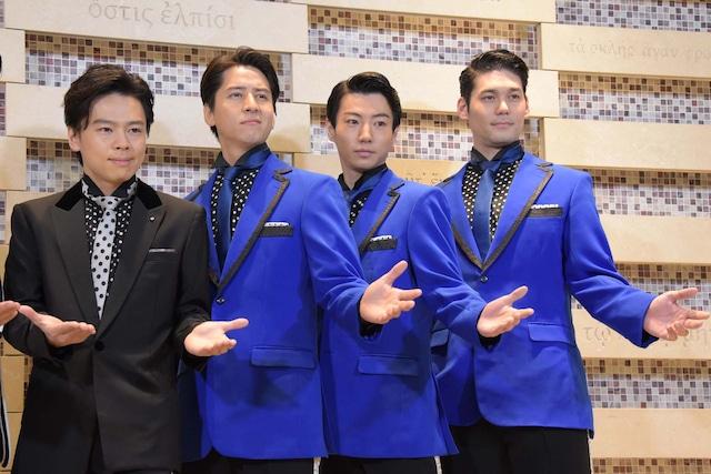 左から中川晃教、伊礼彼方、矢崎広、spi。