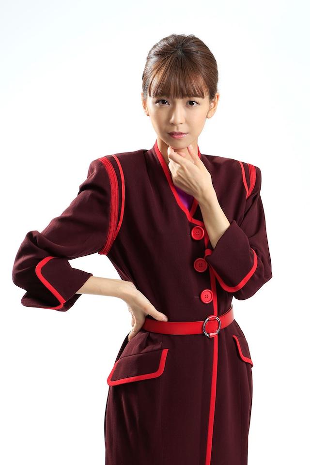 宮崎由加(Juice=Juice)扮するアリサ。