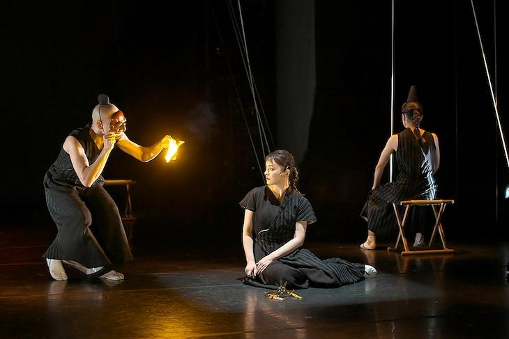 現代能楽集IX「竹取」より。(撮影:青木司)