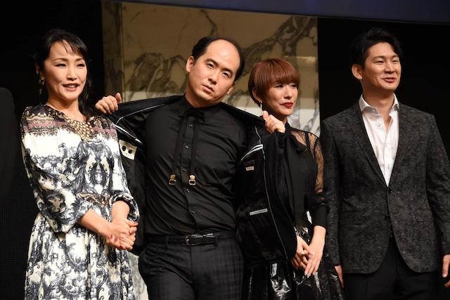 左から濱田めぐみ、トレンディエンジェル斎藤、朴ろ美、小野田龍之介。