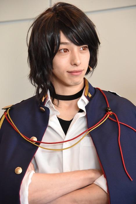 尾崎隼人役の杉江大志。