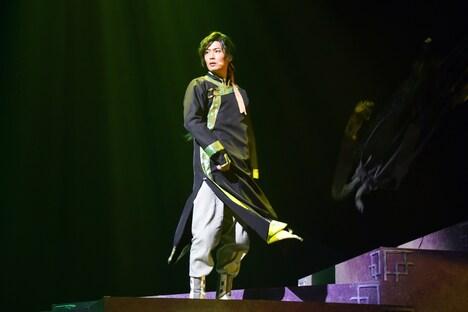 西川俊介演じるジェハ。