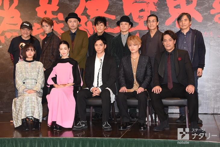「いのうえ歌舞伎『偽義経冥界歌(にせよしつねめいかいにうたう)』」製作発表記者会見より。