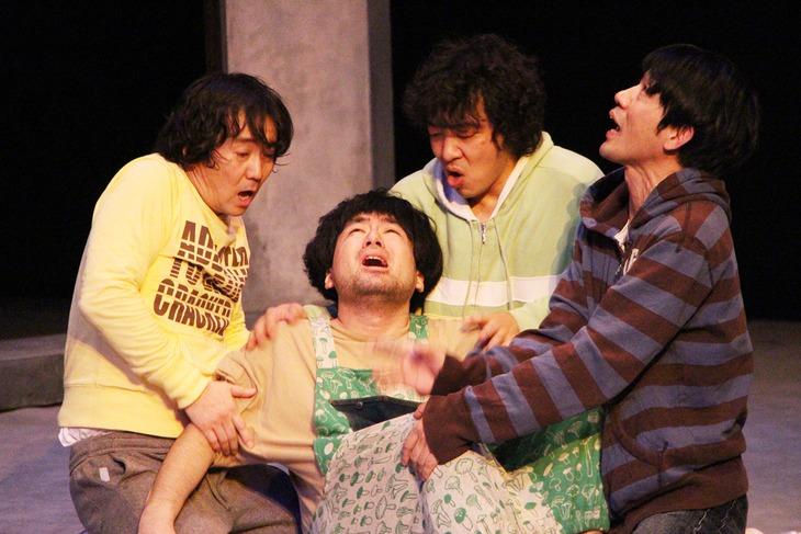 北九州芸術劇場プロデュース / 九州男児劇「せなに泣く」通し稽古より。
