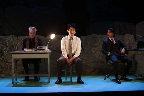 東根作寿英俳優生活30周年記念公演「Boss&Police~ガケデカ後藤誠一郎~」より。