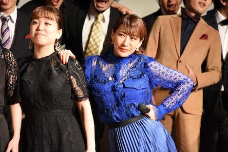 朴ろ美(右)