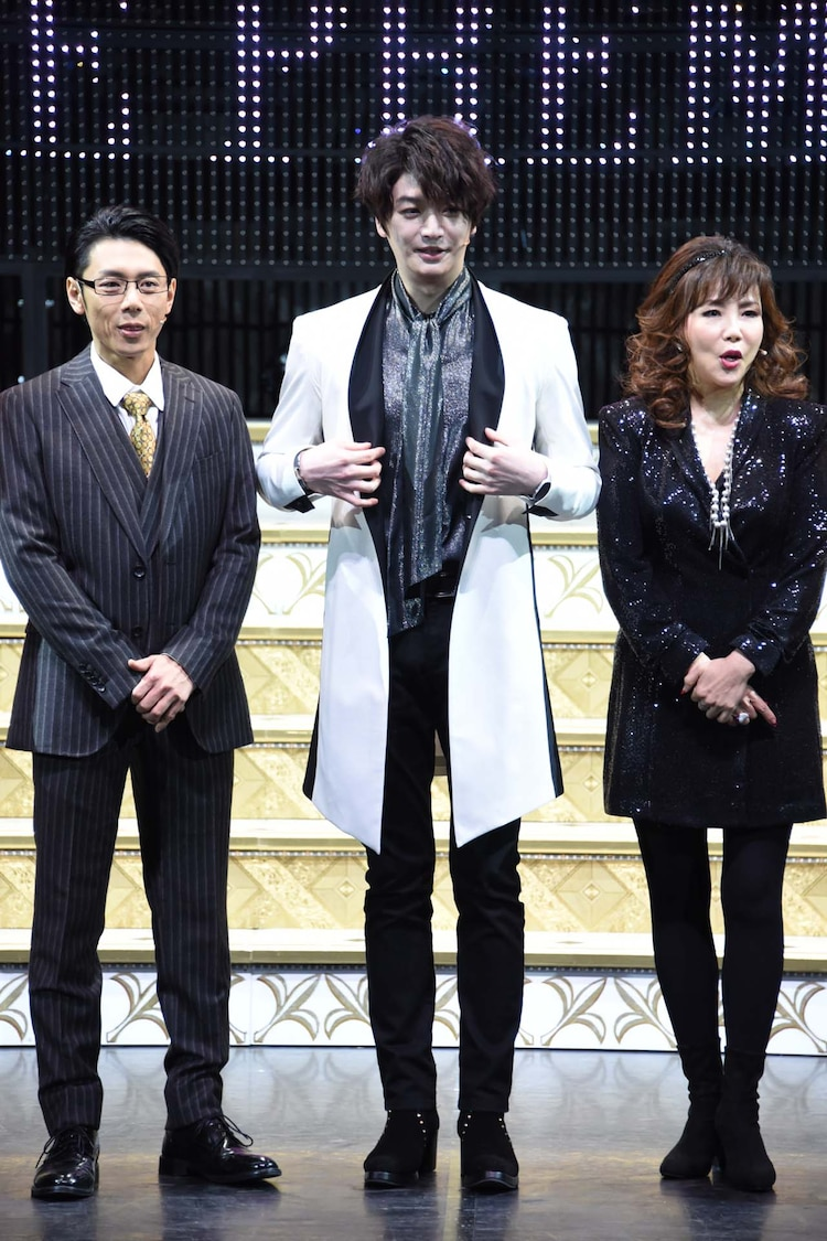 左から富田翔、ソンジェ、小川菜摘。