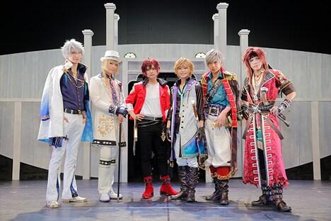 舞台「夢王国と眠れる100人の王子様 On Stage」出演者