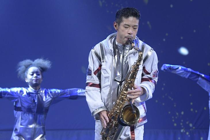「松本利夫ワンマンSHOW『MATSUぼっち06』‐STARS‐」東京公演より。(撮影:塩崎亨)