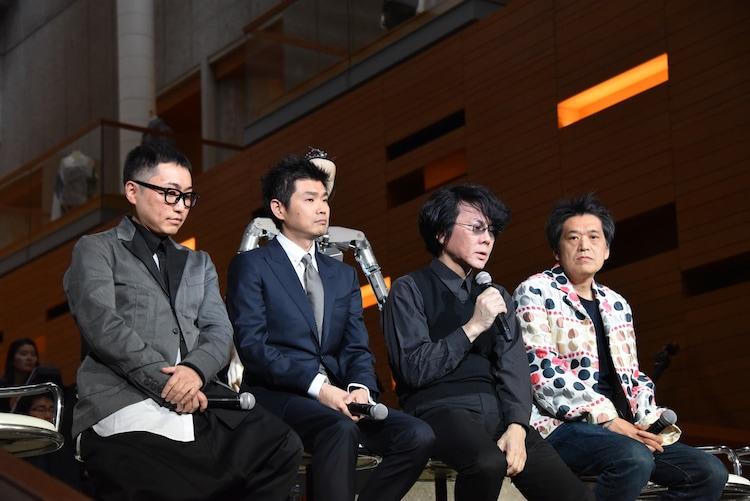 左から増井健仁、木村弘毅、石黒浩、池上高志。