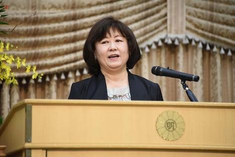 第6回ハヤカワ「悲劇喜劇」賞贈賞式より、宮田慶子。