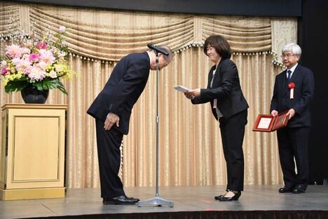 第6回ハヤカワ「悲劇喜劇」賞贈賞式より。