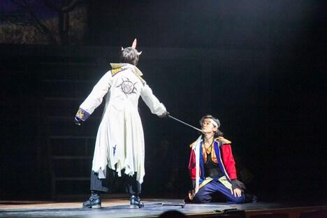 舞台「桃源郷ラビリンス」より。
