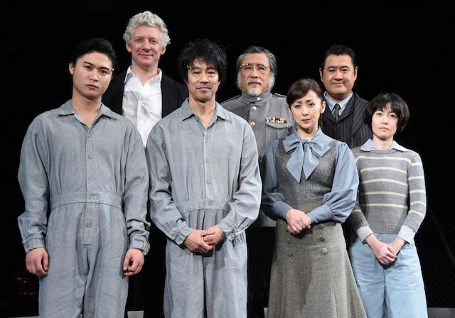 「俳優とオーケストラのための戯曲『良い子はみんなご褒美がもらえる』」初日前会見より。