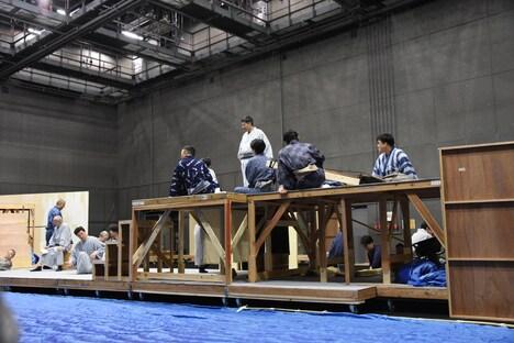 「三谷かぶき『月光露針路日本(つきあかりめざすふるさと)』風雲児たち」稽古より。