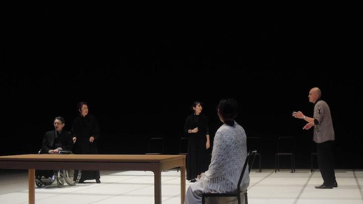 第七劇場 設立20周年 ツアー2019「ワーニャ伯父さん」三重公演より。(撮影:第七劇場)