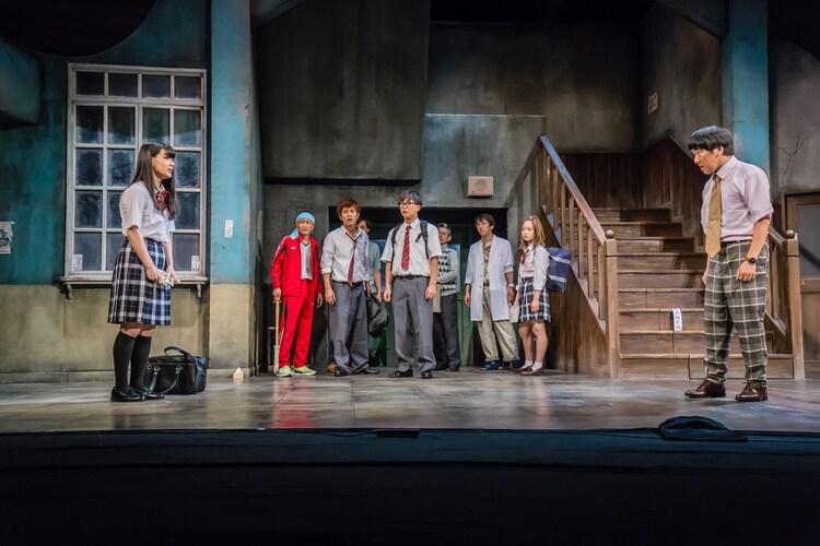 ヨーロッパ企画 第39回公演「ギョエー!旧校舎の77不思議」より。(撮影:清水俊洋)