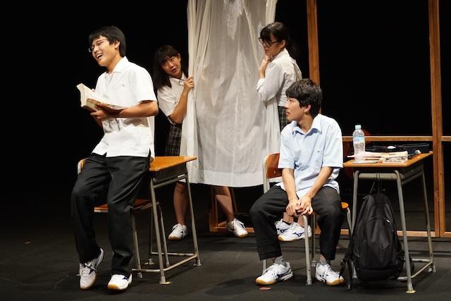 三重県高校演劇部選抜ver.「いつだって窓際であたしたち」より。(撮影:西岡真一)