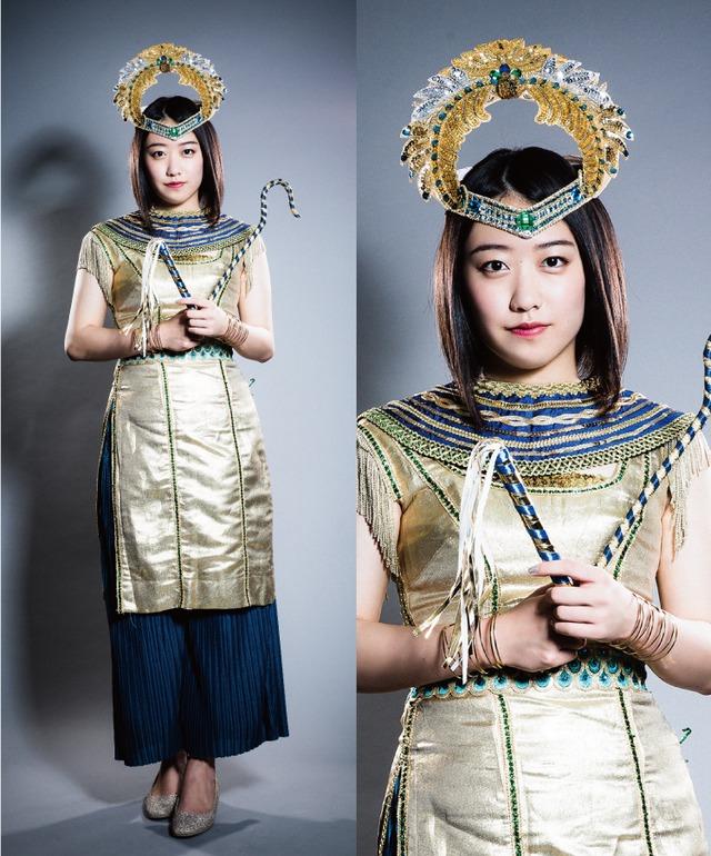 和田桜子(こぶしファクトリー)扮するクレオパトラ。
