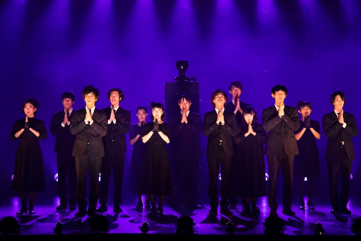柿喰う客 新作本公演「御披楽喜」東京公演より。(撮影:神ノ川智早)