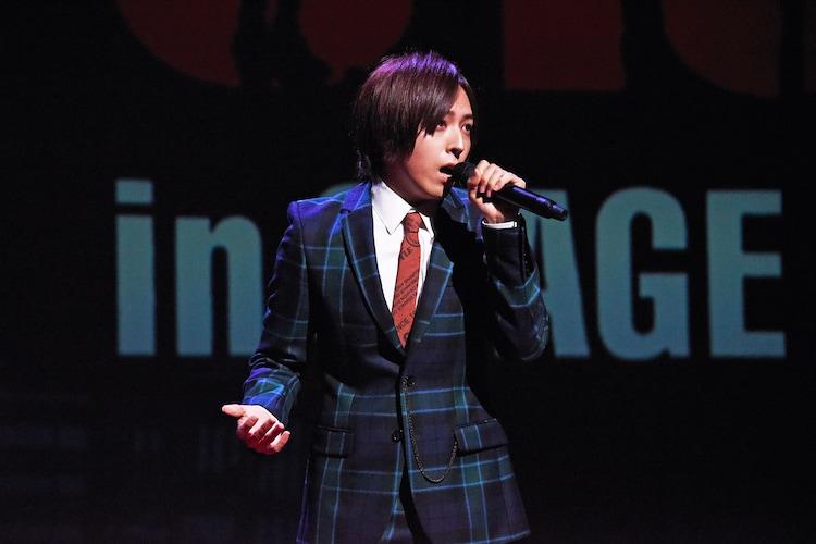「ブロードウェイ・ミュージカル『ウエスト・サイド・ストーリー』Season1」製作発表より、歌唱披露する蒼井翔太。