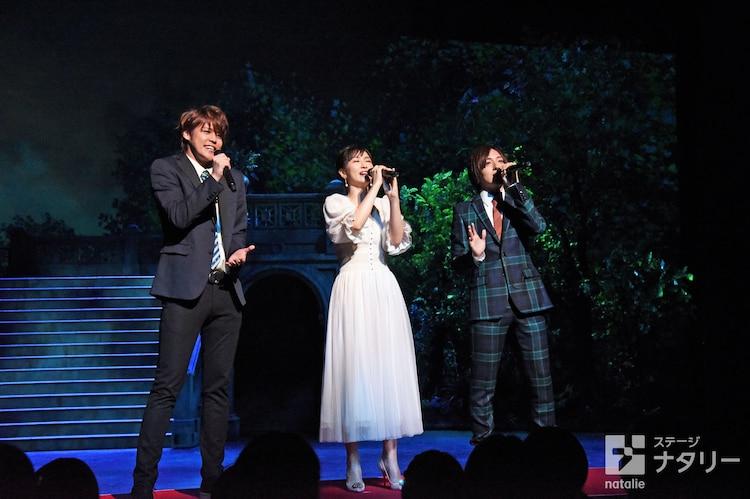 「ブロードウェイ・ミュージカル『ウエスト・サイド・ストーリー』Season1」製作発表より、左から宮野真守、笹本玲奈、蒼井翔太。
