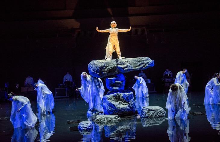 SPAC「アンティゴネ」ニューヨーク公演より。(Photo by Stephanie Berger)