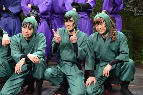 左から七松小平太役の木村優良、食満留三郎役の秋沢健太朗、善法寺伊作役の反橋宗一郎。