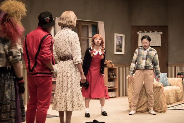 ABCホールプロデュース公演第7弾 ABCホール×THE ROB CARLTON「ジェシカと素敵な大人たち」より。(撮影:今西徹)