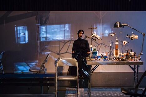 「『蜷の綿- Nina's Cotton -』リーディング公演 関連企画『まなざし』」より。(撮影:井上佐由紀)