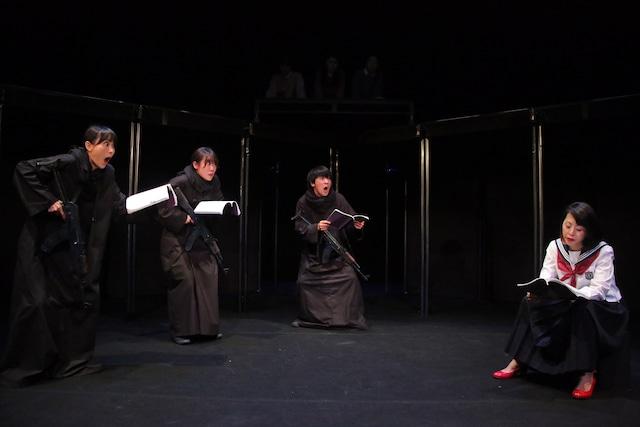 北九州芸術劇場+市民共同創作リーディング「Re:北九州の記憶」より。(撮影:藤本彦)