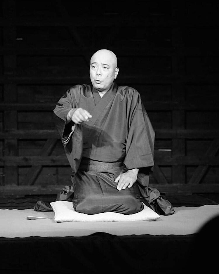10月11日に群馬の桐生市有鄰館 味噌・醤油蔵で行われた「艶人三人会」より。原川浩明。