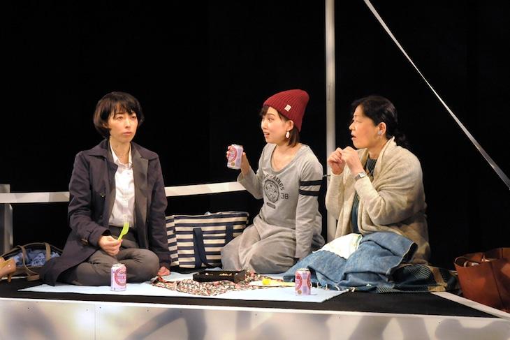 劇団青年座 第239回公演「東京ストーリー」より。(撮影:坂本正郁)