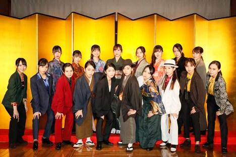 「博多座開場20周年記念 AKB48グループ特別公演」囲み取材より。