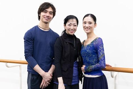 左から柄本弾、斎藤友佳理、川島麻実子。(Photo by Shoko Matsuhashi)