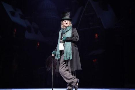 ミュージカル「スクルージ~クリスマス・キャロル~」より。(撮影:田中亜紀)