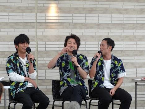 「Sky presents 藤原竜也のラジオ」公開収録の様子。左から溝端淳平、藤原竜也、中村勘九郎。