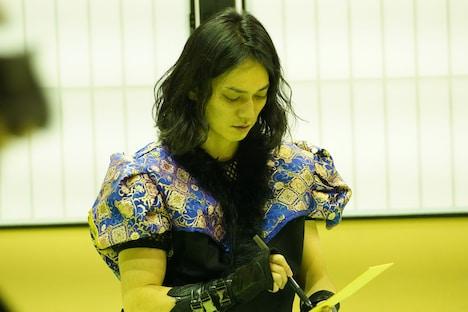 浪人役の荒木健太朗。(Photo by DAZZLE)