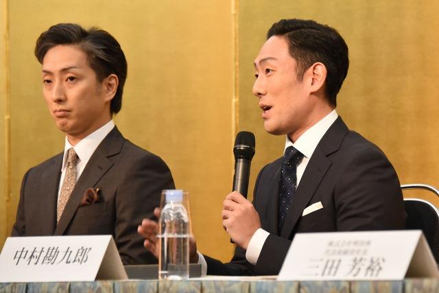 「明治座 三月花形歌舞伎」製作発表より、左から中村七之助、中村勘九郎。