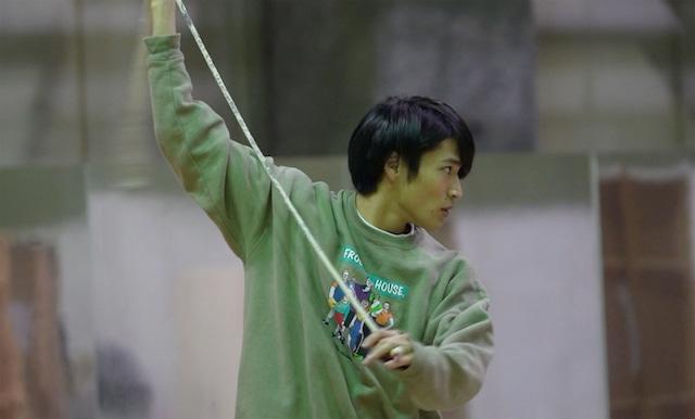 鳶役の平野泰新。(Photo by DAZZLE)