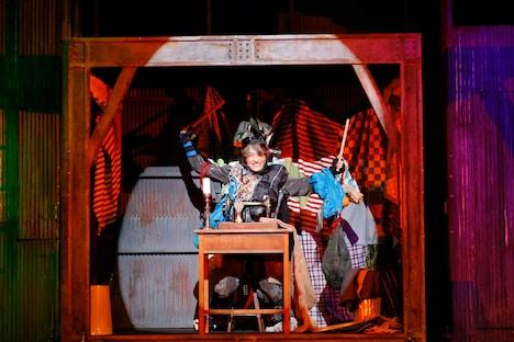 「『えんとつ町のプペル』THE STAGE」ゲネプロより、萩谷慧悟演じるプペル。