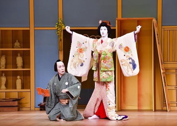 「銘作左小刀~京人形」より。(c)松竹株式会社