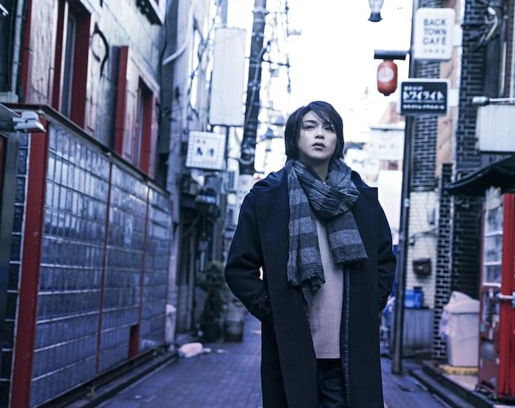 パルコ・プロデュース「裏切りの街」高木雄也のビジュアル。