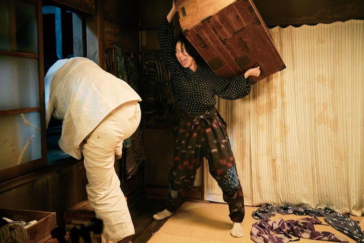 映画「グッドバイ~嘘からはじまる人生喜劇~」場面写真