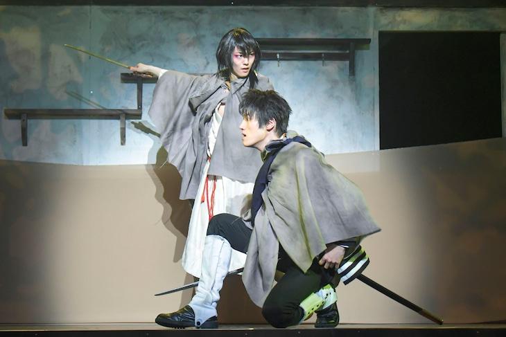 「浪漫活劇譚『艶漢』第四夜」より。(撮影:鏡田伸幸)