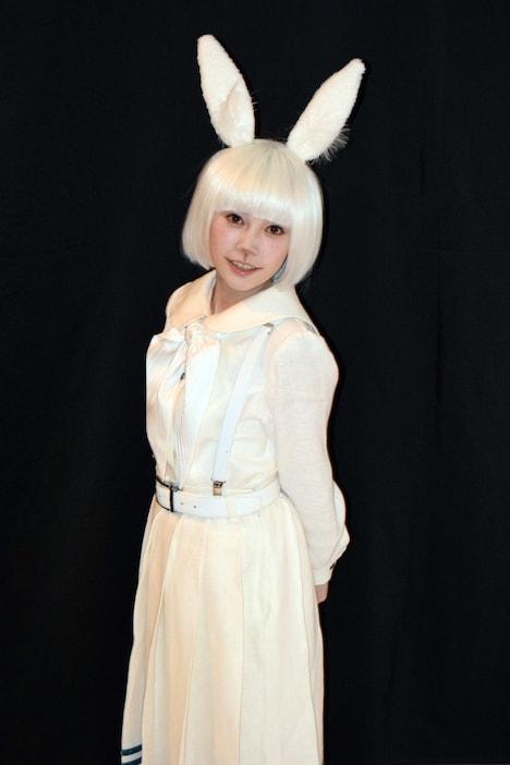 桑江咲菜扮するハル。