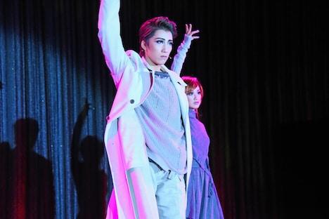 宝塚歌劇宙組「FLYING SAPA-フライング サパ-」制作発表会より。