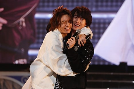 「15th Anniversary SUPER HANDSOME LIVE『JUMP↑with YOU』」より。